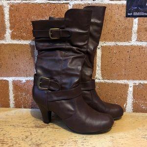 Brown Emma Brooke boots